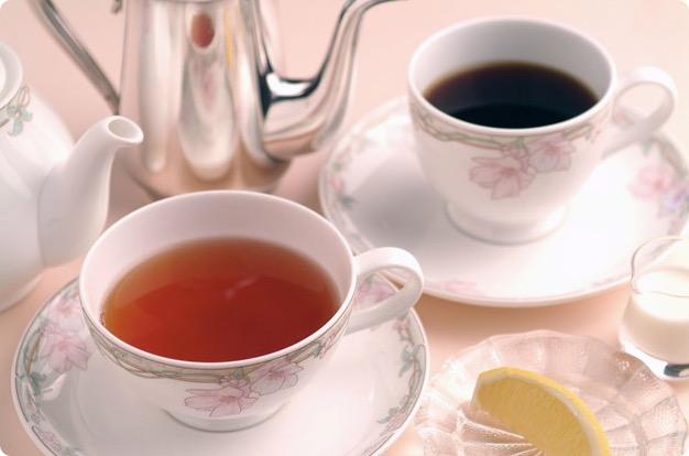 カフェイン中毒ってどんな症状?カフェインの摂り過ぎによる危険性