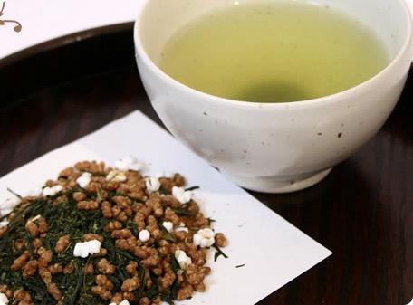 玄米茶の驚くべきカフェイン含有量!玄米茶の健康・美容効果とは?
