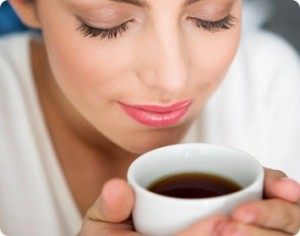 無水カフェインに隠された秘密!カフェインの過剰摂取の危険性とは?
