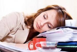 カフェインの錠剤は眠気対策に抜群!正しい飲み方とリスクとは?