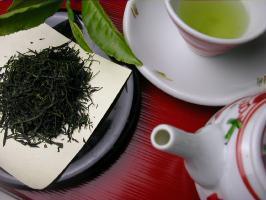 緑茶に隠されたカフェインの秘密とは?緑茶のペットボトルは注意!
